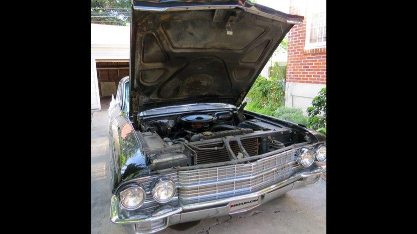 1962 Cadillac Fleetwood 60 Special Sedan presented as lot W106 at Dallas, TX 2013 - image7