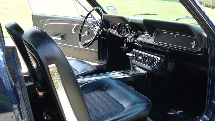 1966 Ford Mustang 200 CI, Automatic presented as lot W141 at Dallas, TX 2013 - image4
