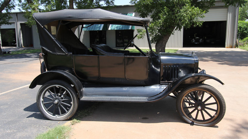 1923 Ford Model T Phaeton presented as lot W191 at Dallas, TX 2013 - image2