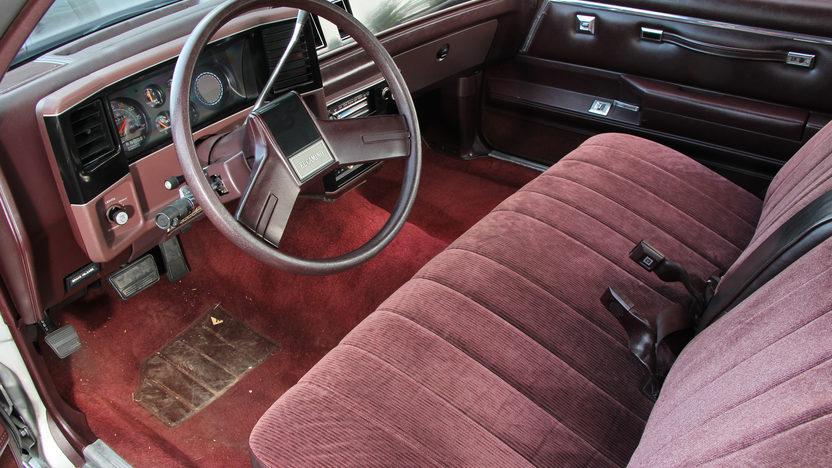 1986 Chevrolet El Camino presented as lot T2 at Dallas, TX 2013 - image4
