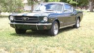 1965 Ford Mustang 2+2 Fastback presented as lot T82 at Dallas, TX 2013 - thumbail image6