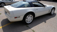 1988 Chevrolet Corvette 35th Anniversary 350 CI, Automatic presented as lot T86 at Dallas, TX 2013 - thumbail image3