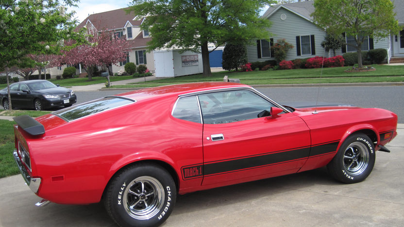 1973 Ford Mustang Mach 1 Fastback 351 CI, Automatic presented as lot F68 at Dallas, TX 2013 - image7