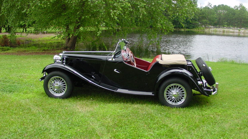 1953 MG TD Roadster 1250 CC, 4-Speed presented as lot F225 at Dallas, TX 2013 - image2
