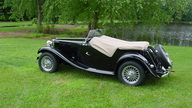 1953 MG TD Roadster 1250 CC, 4-Speed presented as lot F225 at Dallas, TX 2013 - thumbail image8