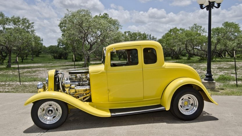 1932 Ford 5 Window Coupe Street Rod Blown Dual Quad V-8, Rumble Seat presented as lot S98 at Dallas, TX 2013 - image3