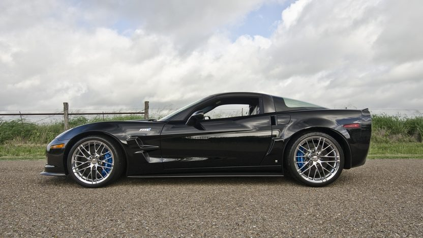 2009 Chevrolet Corvette ZR1 LS9/638 HP, 6-Speed, Driven 6 Miles Since New presented as lot S103 at Dallas, TX 2013 - image3