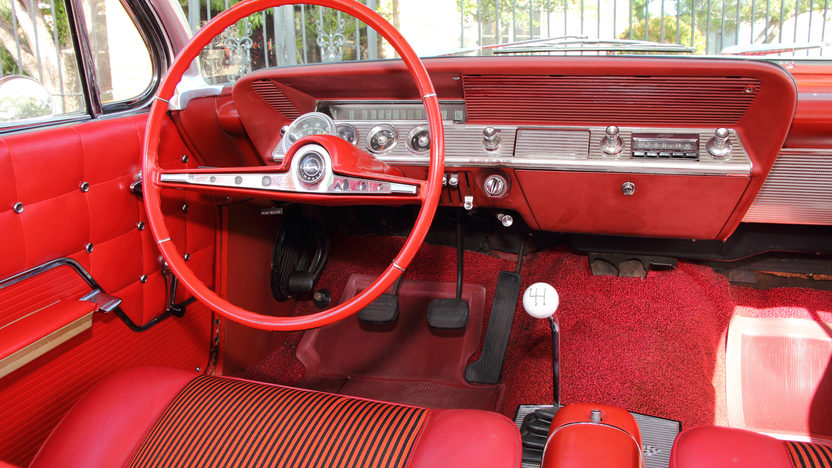 1962 Chevrolet Impala SS Hardtop 409 CI, 4-Speed presented as lot S104 at Dallas, TX 2013 - image6