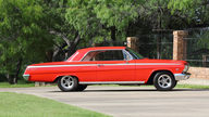 1962 Chevrolet Impala SS Hardtop 409 CI, 4-Speed presented as lot S104 at Dallas, TX 2013 - thumbail image2