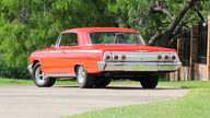 1962 Chevrolet Impala SS Hardtop 409 CI, 4-Speed presented as lot S104 at Dallas, TX 2013 - thumbail image3