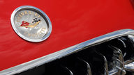 1960 Chevrolet Corvette Fuelie 283 CI, 4-Speed presented as lot S105 at Dallas, TX 2013 - thumbail image10