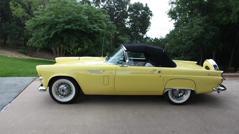 1956 Ford Thunderbird One Owner for 50 Years presented as lot S63 at Dallas, TX 2013 - image6