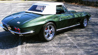 1967 Chevrolet Corvette Convertible 427/400 HP, 4-Speed presented as lot S190 at Dallas, TX 2013 - thumbail image6