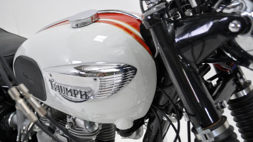 1966 Triumph Bonneville presented as lot T48 at Dallas, TX 2011 - image3