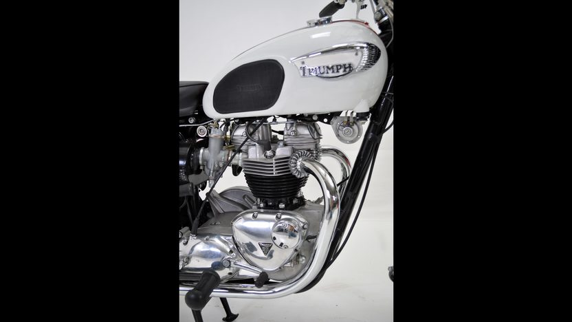 1966 Triumph Bonneville presented as lot T48 at Dallas, TX 2011 - image4