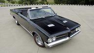 1964 Pontiac GTO Convertible 389 CI, Tri-Power presented as lot T75.1 at Dallas, TX 2011 - thumbail image8