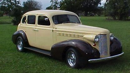 1937 Buick 4-Door Sedan Street Rod