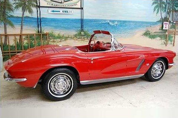 1962 Chevrolet Corvette Convertible 327/250 HP, 4-speed Manual presented as lot S124 at Kissimmee, FL 2009 - image2