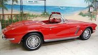 1962 Chevrolet Corvette Convertible 327/250 HP, 4-speed Manual presented as lot S124 at Kissimmee, FL 2009 - thumbail image2