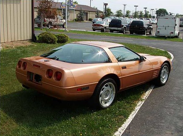 1992 Chevrolet Corvette Coupe Special Chevrolet Color Test Car presented as lot F258 at Kissimmee, FL 2009 - image2