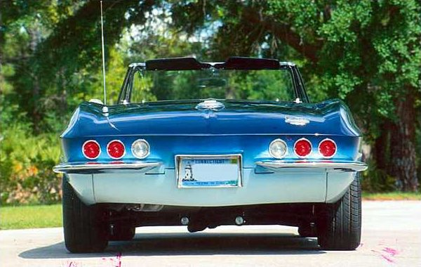 1964 Chevrolet Corvette Convertible 350/310 HP, Automatic presented as lot T166 at Kissimmee, FL 2009 - image3
