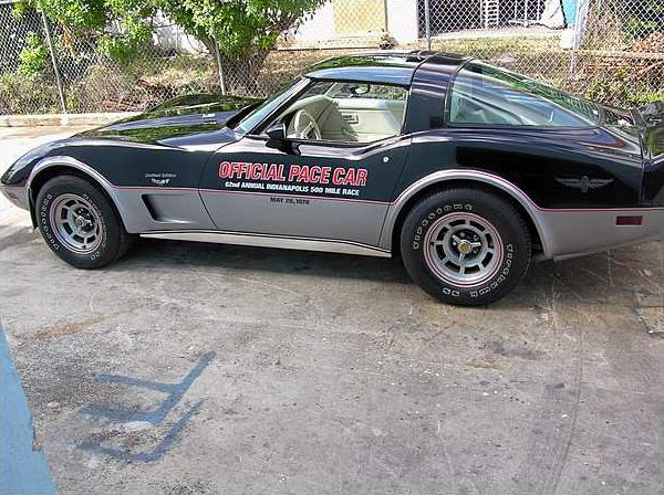 1978 Chevrolet Corvette Coupe Pace Car Replica, 350 CI, Automatic presented as lot T167 at Kissimmee, FL 2009 - image4