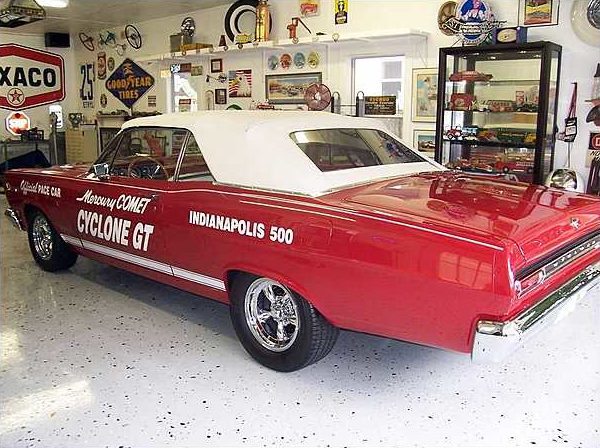 1966 Mercury Comet Cyclone GT Convertible Commemorative Indy Pace Car Edition presented as lot F100 at Kissimmee, FL 2010 - image3