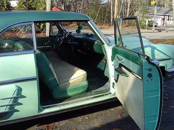 1953 Mercury Monterey 2-door Hardtop 125 HP Flathead, 3-Speed Manual presented as lot F178 at Kissimmee, FL 2010 - image5