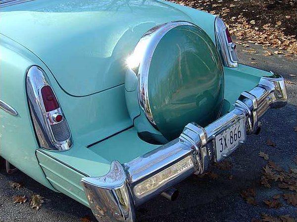 1953 Mercury Monterey 2-door Hardtop 125 HP Flathead, 3-Speed Manual presented as lot F178 at Kissimmee, FL 2010 - image7