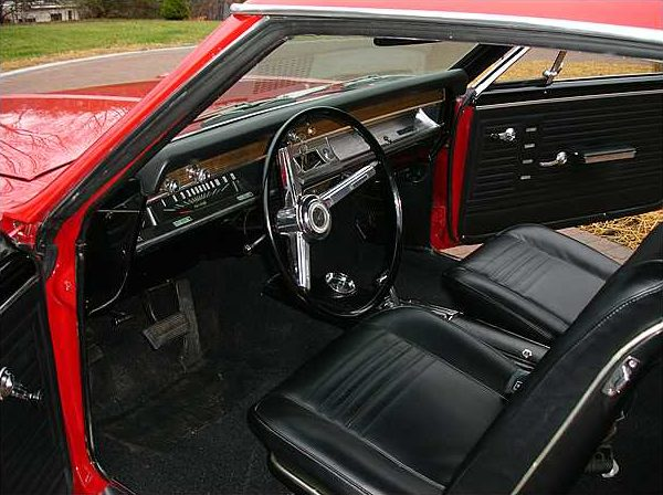 1967 Chevrolet Chevelle Coupe 283/300 HP, 3-Speed Automatic presented as lot S154 at Kissimmee, FL 2010 - image5