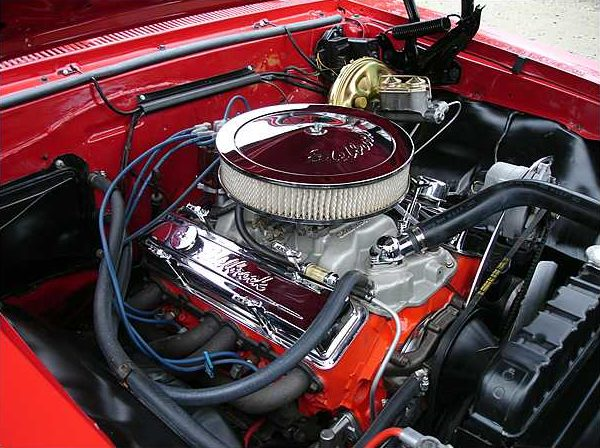 1967 Chevrolet Chevelle Coupe 283/300 HP, 3-Speed Automatic presented as lot S154 at Kissimmee, FL 2010 - image6