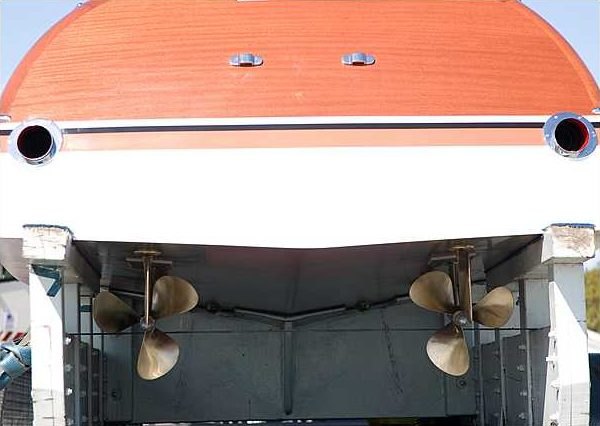 1966 Riva Super Aquarama Hull #125 Carlo Riva/Cal Connell Series II Prototype presented as lot S159 at Kissimmee, FL 2010 - image5