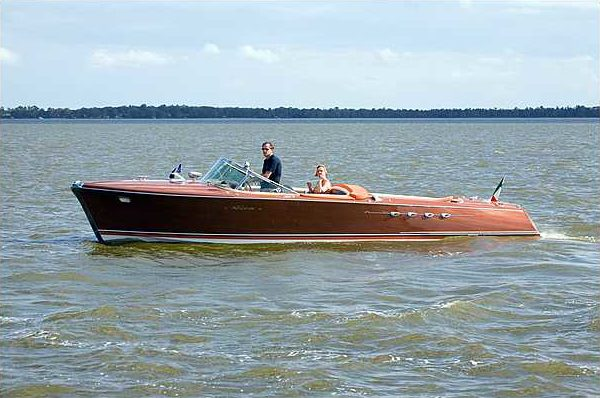 1966 Riva Super Aquarama Hull #125 Carlo Riva/Cal Connell Series II Prototype presented as lot S159 at Kissimmee, FL 2010 - image7