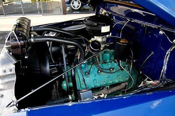 1953 Ford F250 Pickup 3-Speed  presented as lot S256 at Kissimmee, FL 2010 - image4