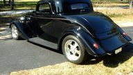 1934 Ford  Coupe 302/300 HP presented as lot W35 at Kissimmee, FL 2011 - thumbail image3