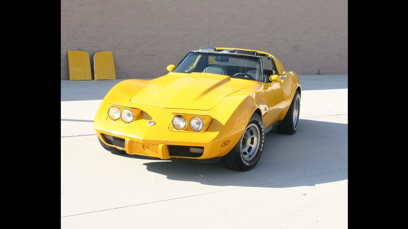 1977 Chevrolet Corvette 350/385 HP, Automatic presented as lot W36 at Kissimmee, FL 2011 - image8