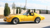 1977 Chevrolet Corvette 350/385 HP, Automatic presented as lot W36 at Kissimmee, FL 2011 - thumbail image3