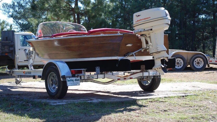 1940 Chris-Craft RDS 23-M presented as lot W54 at Kissimmee, FL 2011 - image2