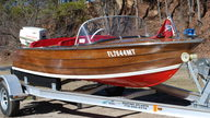 1940 Chris-Craft RDS 23-M presented as lot W54 at Kissimmee, FL 2011 - thumbail image3