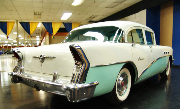 1956 Buick Special 4-Door Sedan 322/220 HP, Automatic presented as lot W156 at Kissimmee, FL 2011 - image3