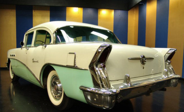 1956 Buick Special 4-Door Sedan 322/220 HP, Automatic presented as lot W156 at Kissimmee, FL 2011 - image4