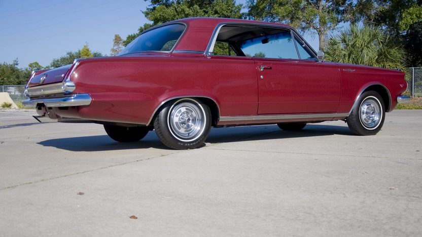 1965 Plymouth Valiant Signet 200 273/180 HP, Automatic presented as lot T278 at Kissimmee, FL 2011 - image3