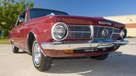 1965 Plymouth Valiant Signet 200 273/180 HP, Automatic presented as lot T278 at Kissimmee, FL 2011 - thumbail image4