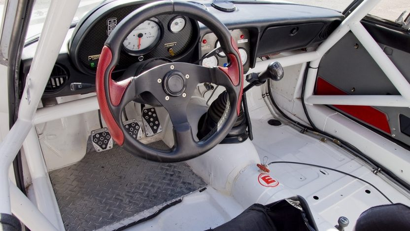 1987 Alfa Romeo Spyder Race Car 170 HP, 5-Speed   presented as lot T280 at Kissimmee, FL 2011 - image4