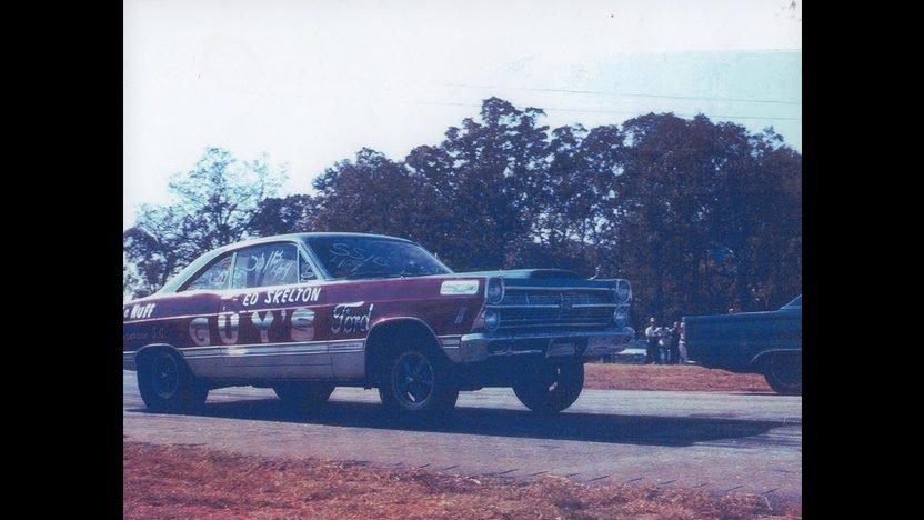 1967 Ford Fairlane R-Code Lightweight Factory Sponsored Racer presented as lot F266 at Kissimmee, FL 2011 - image7