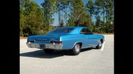 1966 Chevrolet Impala SS 427/425 HP, 4-Speed presented as lot S262 at Kissimmee, FL 2011 - thumbail image4