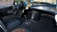1961 Chevrolet Corvette Race Car 283/315 HP, 4-Speed presented as lot S109 at Kissimmee, FL 2011 - thumbail image4