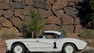 1961 Chevrolet Corvette Race Car 283/315 HP, 4-Speed presented as lot S109 at Kissimmee, FL 2011 - thumbail image8