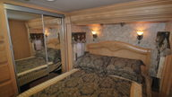2006 Coachmen Cross Country SE Motorhome 300 HP presented as lot G338 at Kissimmee, FL 2012 - thumbail image6
