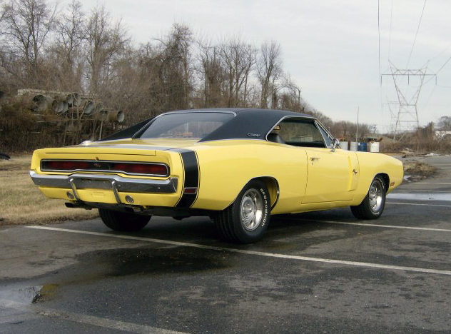 1970 Dodge Charger 440/390 HP, 4-Speed presented as lot T222 at Kissimmee, FL 2012 - image2